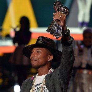 Pharrell iheartradio awards