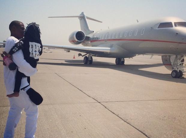 Jay Z Blue Ivy OTR jumper