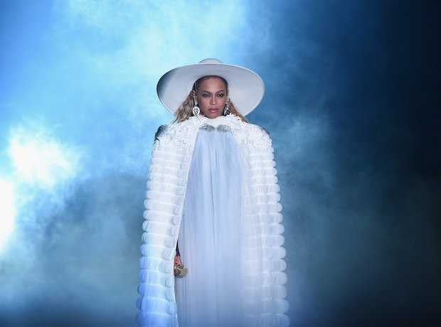 Beyonce performance MTV VMAs 2016