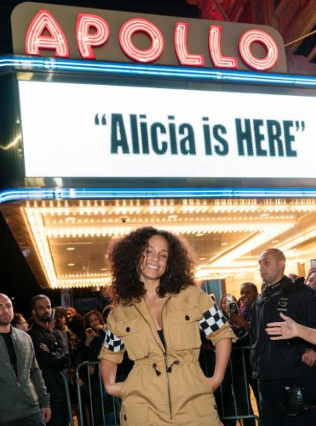 Alicia Keys is Here at the Apollo